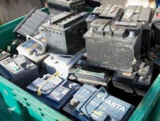 每年超30万吨铅酸电池非法倾倒 动力电池回收难题待破