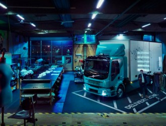 沃尔沃将推电动卡车 搭载多组锂电池套装