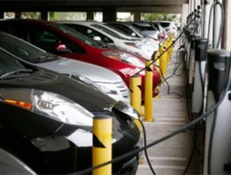 英国汽车协会调查:半数年轻人愿意购买电动汽车