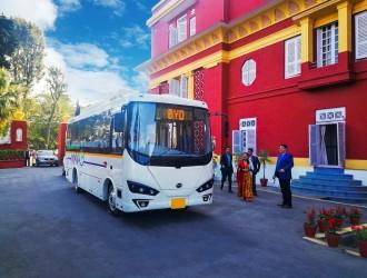 比亚迪全球化进程加快 首批纯电动巴士交付尼泊尔