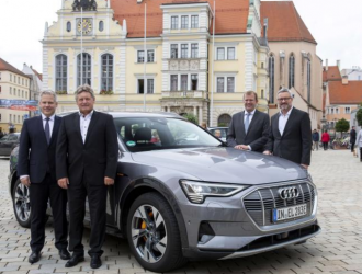 奥迪与德国电信开展智能交通5G技术合作