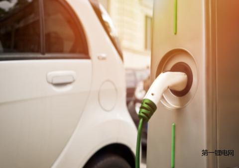 LG化学将继续扩大电池生产线,争取为500万辆电动汽车提供电池