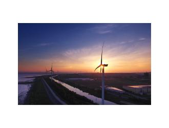"""""""风光""""产业大规模发展 需在储能商业化应用、电网升级改造"""