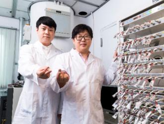 研究人员开发新型锰基正极材料 使锂电池充放电次数翻倍
